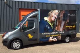 paardenvrachtwagen renault master sodiak voor rijbewijs B op maat gemaakt afgeleverd aan klant